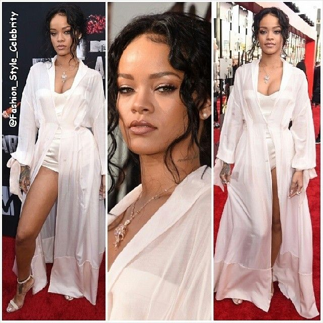#rihanna #badgalriri #riri #MTVMovieAwards #2014 #monster #monstertour #eminem #performace #dress #legs #omg #hot #diva #fashion #style #stylish #look #celebrity #music #slit #ThighHighSlit #gown #pink #WhiteDress #silk #chrisbrown #drake #dating #ootd... - Celebrity Fashion