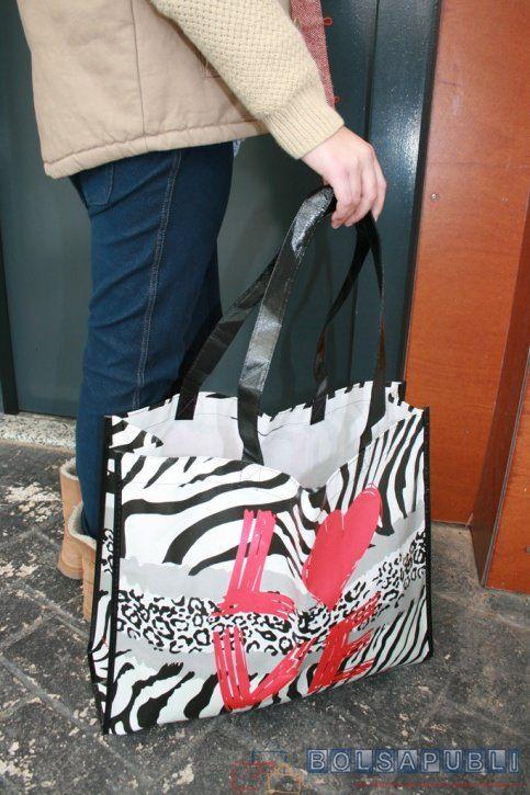 11 maneras que no conoces de las bolsas de papel impresas. Modo de tomar la decisión de compra sobre dónde comprar las bolsas de papel es en los blogs.