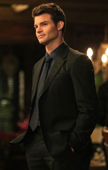 Elijah in Vampire Diaries @Christina & Dezuanni Crowe  @Jess Liu Sutton MacLagan
