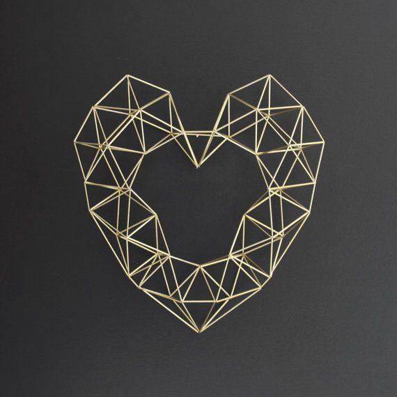 home accessories black sculpture diamond - Google-søgning