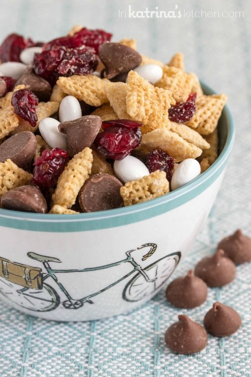 Snackers unite! This Chocolate Cherry Trail Mix Recipe is peanut-free and a delicious snack to tuck away for a morning hike or an afternoon pick me up.