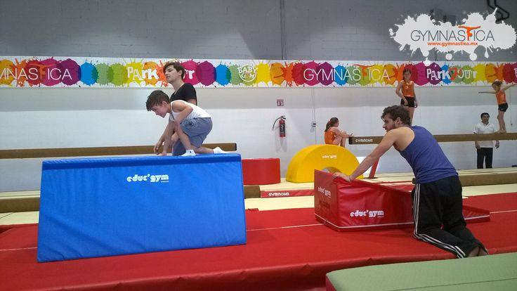 ¿Quién dice que no se puede? Con constancia y muchas ganas superamos cualquier obstáculo sin importar nuestro tamaño :D  #Gimnasia #Parkour #BabyGym #BootCamp