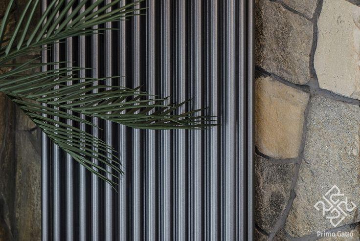 Современные радиаторы иногда хочется не прятать, а выставлять на всеобщий обзор, так как они очень красивые.)) Фрагмент террасы в частном доме. Руководитель: #irina_shevtsova Архитектор: #dmitriy_rasoshenko Архитектор: #nikolai_shturbin Строительство: #valentin_krepchyk