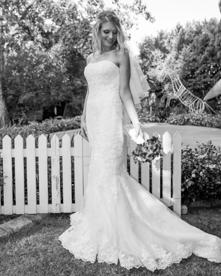 When love conquers all. Our triumphant and beautiful bride Carla in ATLANTA by Pronovias. #realbride #DLVbride #pronovias