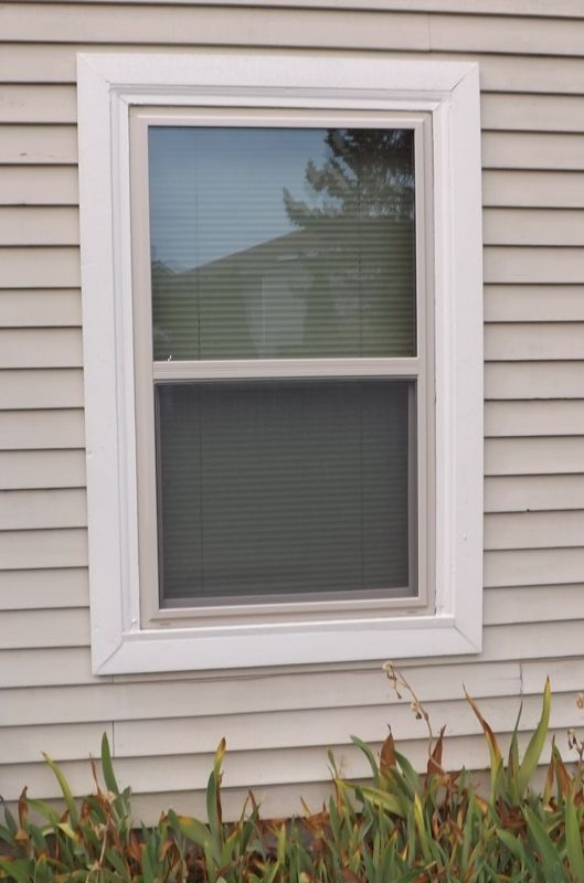 Screwed glued or just plain screwed your vinyl window - Exterior window trim ideas pictures ...