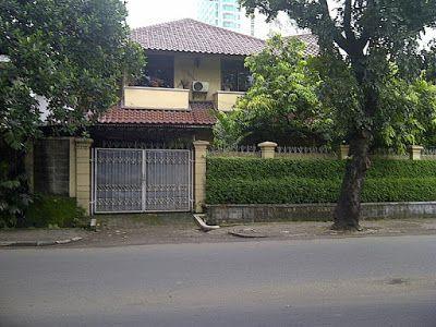 Info Property, Jual Rumah, Jual Tanah, Hotel, SPBU, Rumah Sakit dan Toko online Terpercaya: JUAL RUMAH DI PAKUBUWO JAKARTA SELATAN