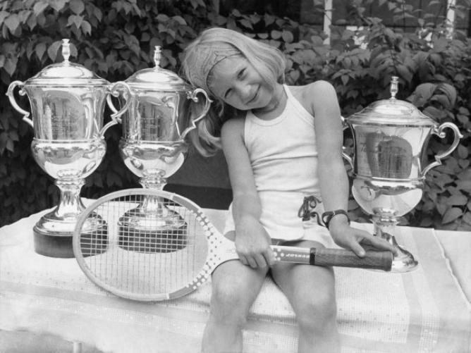 Steffi Graf was 3 when she started playing tennis and turned pro at age 13
