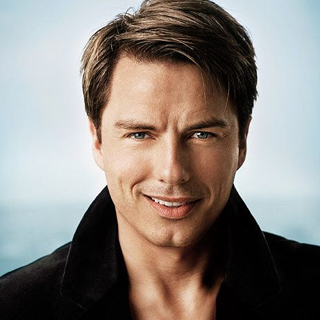 John Barrowman. AKA: Captain Jack Harkness, the hottest man to ever wear a vortex manipulator. #doctorwho #torchwood