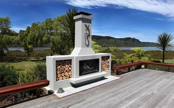 What a view! This outdoor fireplace compliments the sea views wonderfully and the warmth from the fire means you can enjoy winter's nights outside with a glass of wine.