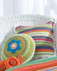 Crochet some patio pillows with this free crochet pattern. Throw them on your wicker chairs and relax in the sun. This easy crochet pattern gives you instructions for a round and square pillow.