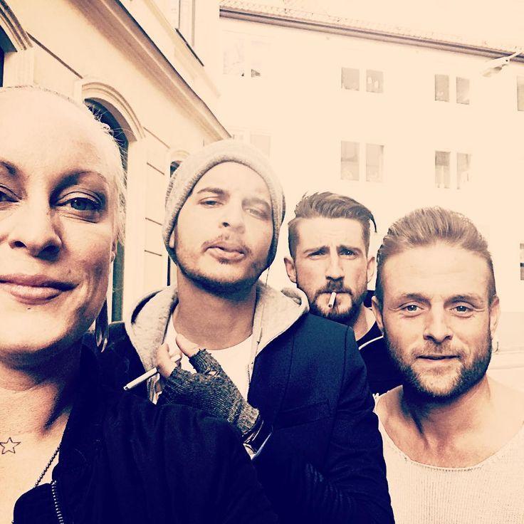 •My Killers• #beardlove #evohairsweden #boom #justdoit #fuckinggoodcut #killerscut #friends #crew #instaphoto #photographer #elite #behindthechair #salon #hairdresser #hairdressermagic #royal
