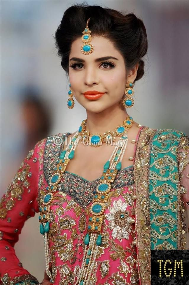 indian wedding hairstyle gallery%0A Latest Pakistani Bridal Wedding Hairstyles