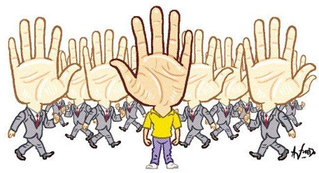 La zurdera: ni enfermedad, ni trastorno   DÍA DEL ZURDO - 13 de agosto  Nadie  es 100% diestro o zurdo, siempre existe algún grado de lateralidad cruzada. http://wp.me/s3cLe9-1030