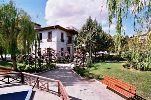 Δημοτική Βιβλιοθήκη Πτολεμαΐδας  Public library of Ptolemaida