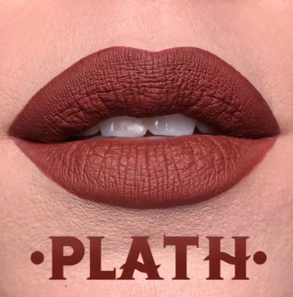I don't wear dark lipstick anymore, but if I did, I'd wear this... plath