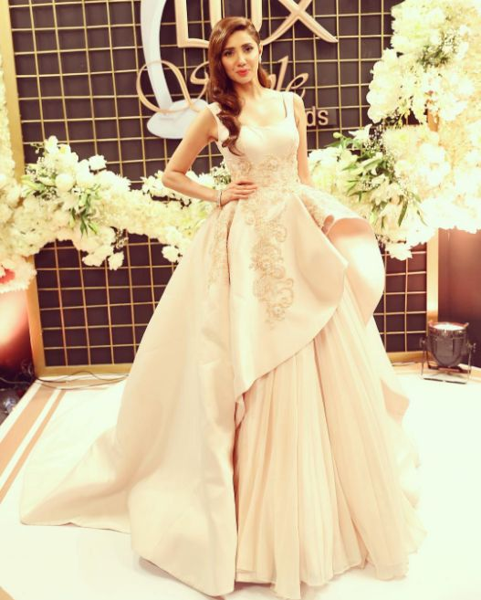 Mahira Khan, who is all set to make her Bollywood debut opposite Shah Rukh Khan in Raees next year, attended the Lux Style Awards 2016 in Pakistan, looking like a flawless Disney princess.   Just 12 Pictures Of Mahira Khan Looking Like A Flawless Fairy Queen In A Gown