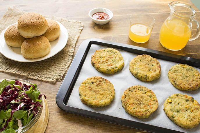 GliHamburger di Verdure sono una preparazione facile e veloce che piacerà davvero a tutti, anche ai bambini che solitamente fanno...