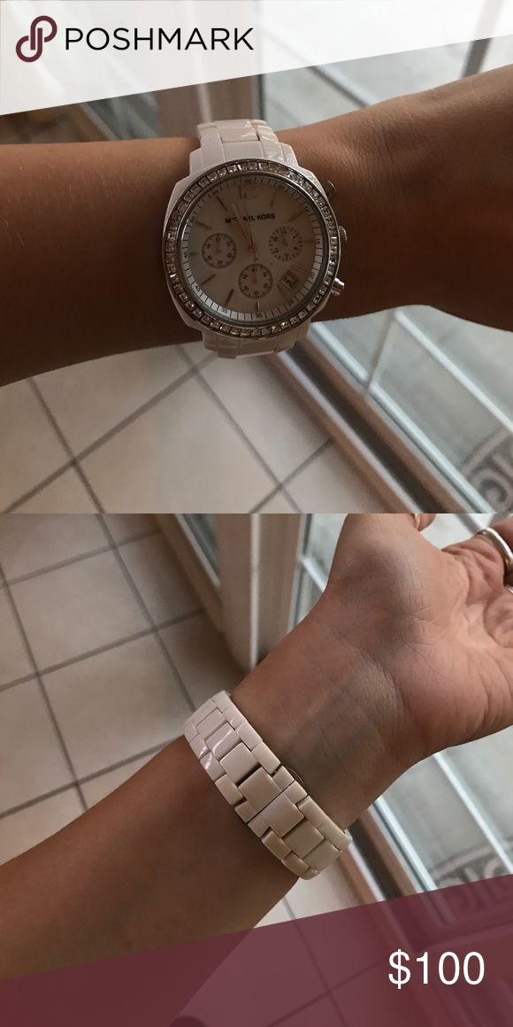 White Michael Kors watch No scratches. Needs battery. Michael Kors Accessories Watches