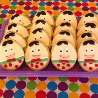Humpty Dumpty biscuits