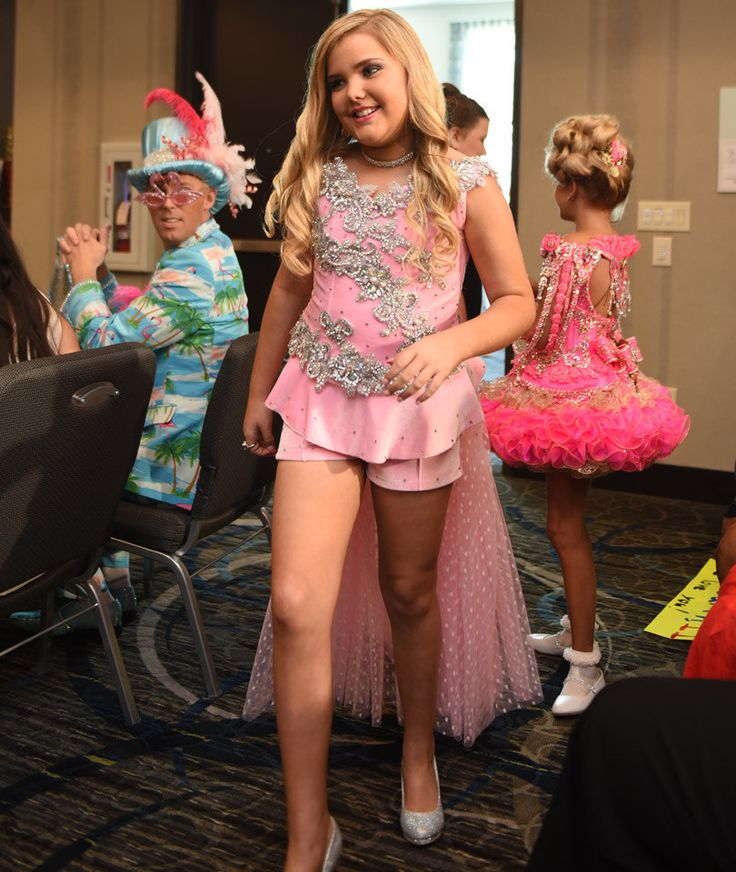"awesome ""Toddlers & Tiaras"" Star Eden Wood, 11, Returns to Show Check more at http://10ztalk.com/2016/11/02/toddlers-tiaras-star-eden-wood-11-returns-to-show-2/"