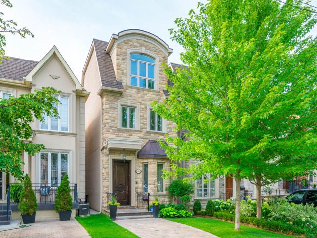 JUST LISTED - 481 Woburn Avenue