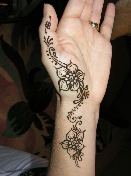 Best Mehndi Flower : Best simple henna designs images on pinterest
