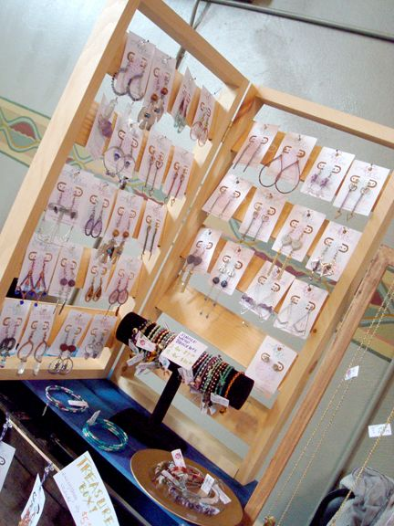 Craft show display earring display siren nation 2015 for Display necklaces craft fair