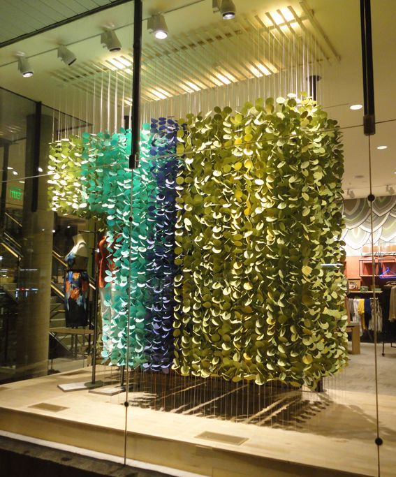 I heart interiors anthropologie window display for Anthropologie store decoration ideas