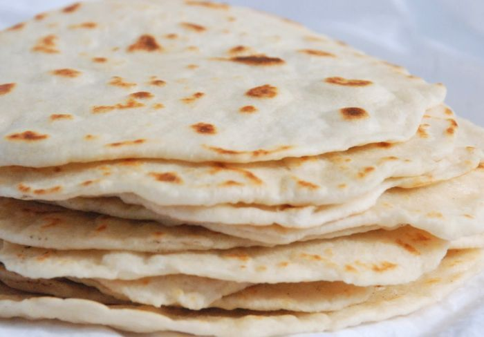 Tortilla bread is delicious and the uses thereof are endless. Besides making quesadillas and burritos, tortilla bread is delicious used as a thin pizza base topped with delicious toppings of your choice