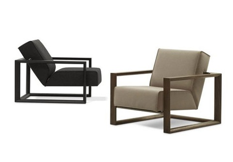 """Montis rookfauteuil  Dickens    Als inspiratie voor deze comfortabele fauteuil heeft de rookstoel uit de jaren 50 model gestaan. Een houten stoel met dikke vierkanten kussens als zit en rug. Die rug was in een handomdraai schuin te zetten en zo was actief en passief zitten in één meubel mogelijk. Lezen, roken en af en toe onderuit in de """"luie stand"""" met de ogen dicht. Comfort zestig jaar terug.  Meer info: http://www.wonenwonen.nl/meubelen/montis-rookfauteuil/4077"""