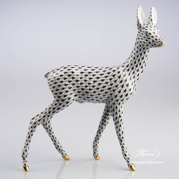 Roe big - Herend Animal Figurine 15282-0-00 VHNM - Black gold