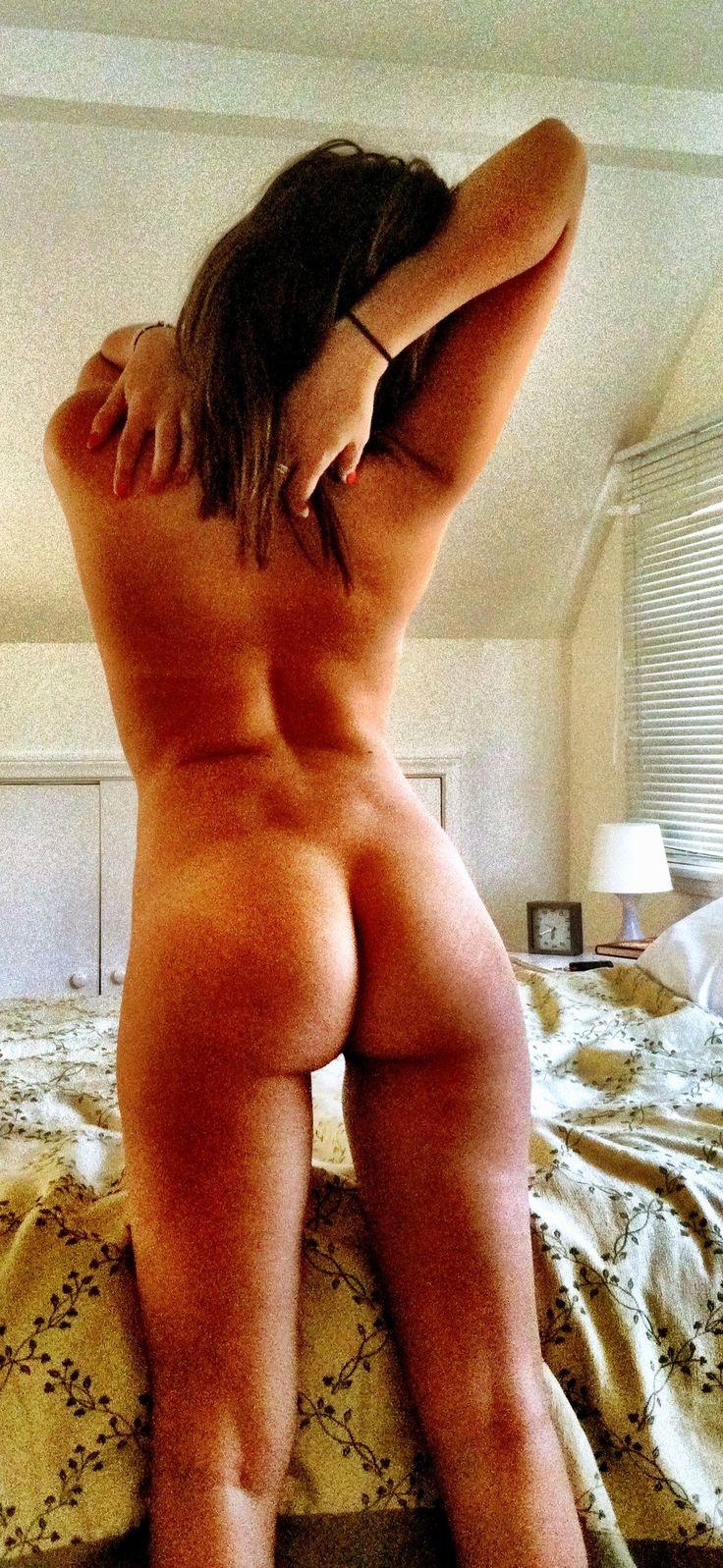 Alexandra-Chando_naked_thefappening_16.jpg (1106×2401)