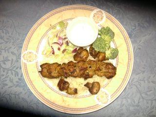 Brochette souvlaki de poulet ou de porc  sur gril