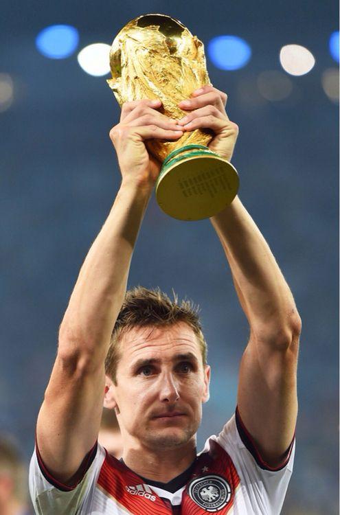 His last worldcup :'( #klose