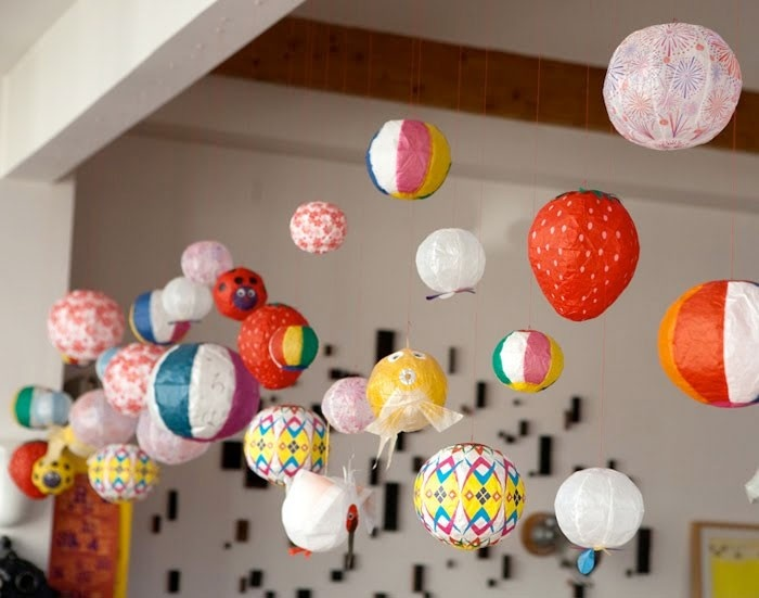 Uguisu: Japanese paper balloons