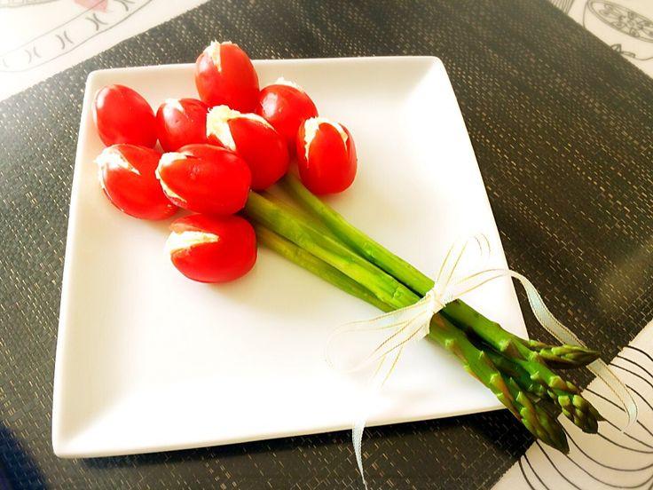 rieぴょん's dish photo チューリップサラダ | http://snapdish.co #SnapDish #バレンタイン #お花見