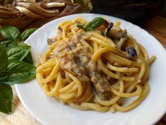 La Pasta con le Melanzane Cremosa,è un piatto molto gustoso e semplicissimo da fare.L'idea di questa pasta è nata da mio marito