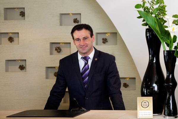 John Krastanas - Front Office Manager @ www.eaglespalace.gr/