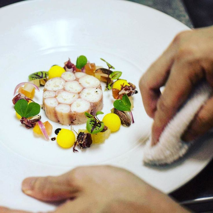 1724 best images about fish and seafood on pinterest for Australian cuisine singapore