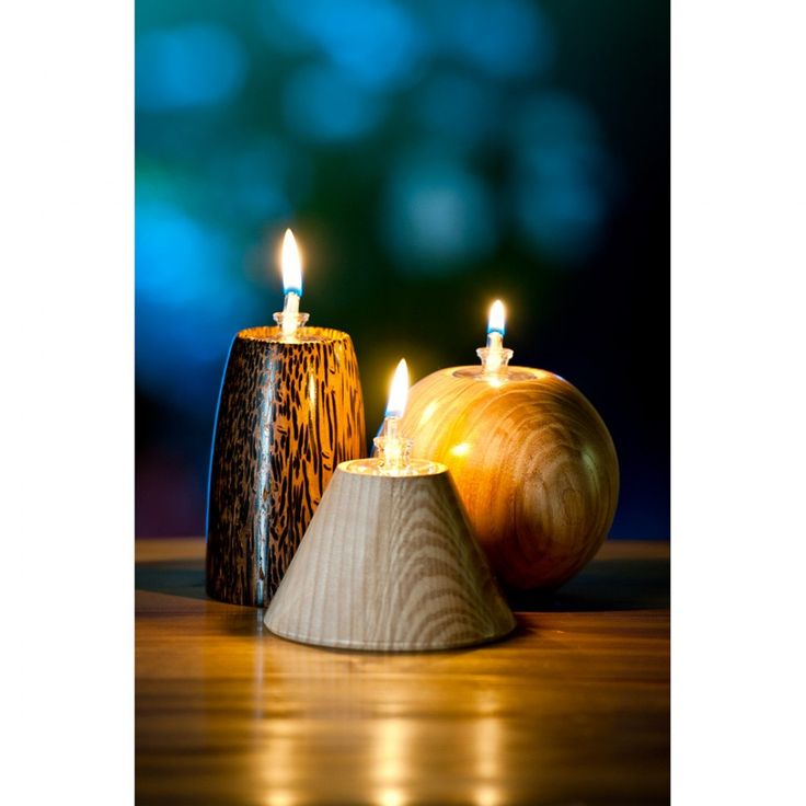 N.B. Each kit is supplied as the components only and does not include the material / blank. These hand blown oil burner sets will look great on any mantlepiece, dining table or patio. Four lamps plus four funnels for filling are included in the set with m