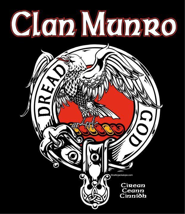 Clan munro clansman s crest badge t shirt celtic for Buchanan clan tattoo