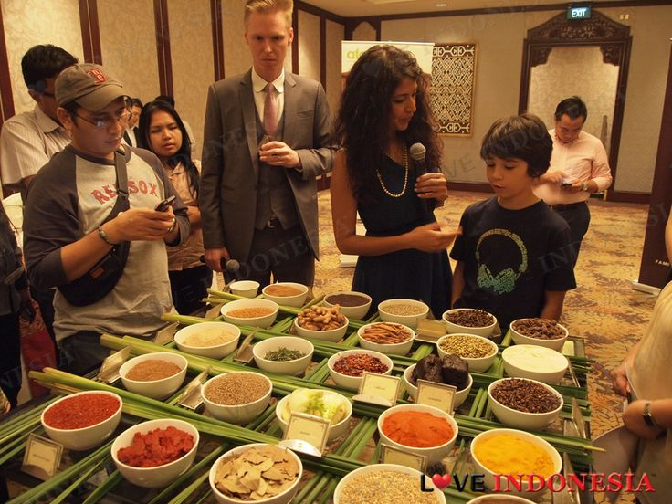 Asian Food Channel Membawa Celebrity Chef Bal Arneson ke Jakarta (by Love Indonesia)