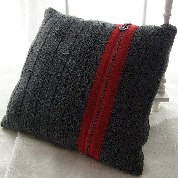 Идеи поделок из ношеного свитера. Вторая жизнь старых вещей