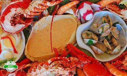 Mariscada, Seafood at No Cantinho do Pescador, Matosinhos, Porto & Norte de Portugal, Portugal #mariscada #sapateira #lapas à madeirense #mexilhão Lifecooler-Travel