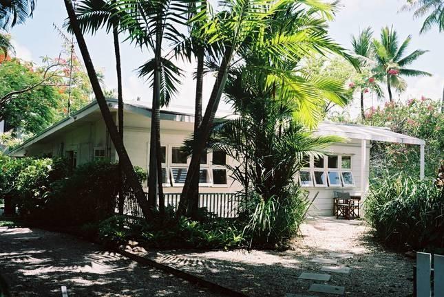 Nota Villa Port Douglas, 10 Garrick Street, is an original beach holiday cottage,  not a villa at all.