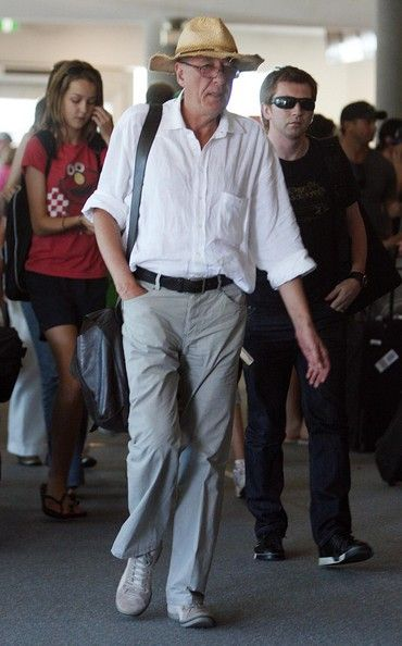 Geoffrey Rush Photos - Geoffrey Rush Arrives At Perth Airport - Zimbio