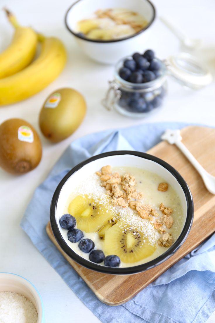 Smoothie bowl met kiwi en blauwe bessen + meld je aan als insider!