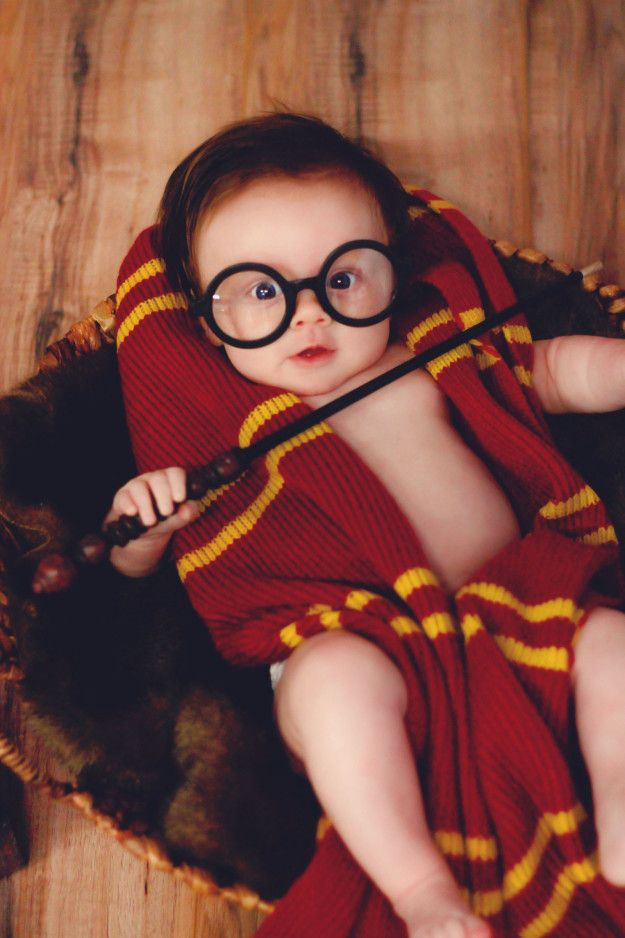 """Glover said she plans to incorporate more elements of the series into her daughter's upbringing. """"I dream of the day I can share Harry Potter with her and I hope she loves it as much as I do. I'm a big fan of themes and I hope a Harry Potter birthday party is in her future!"""" 