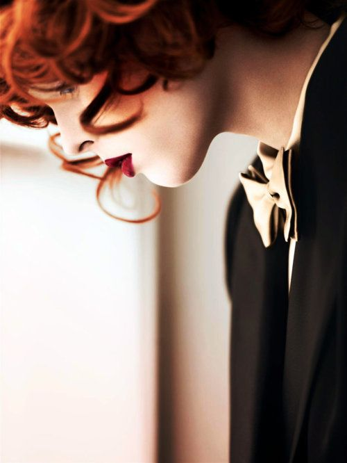 Classy, perfect, elegant... love the red lips, red hair