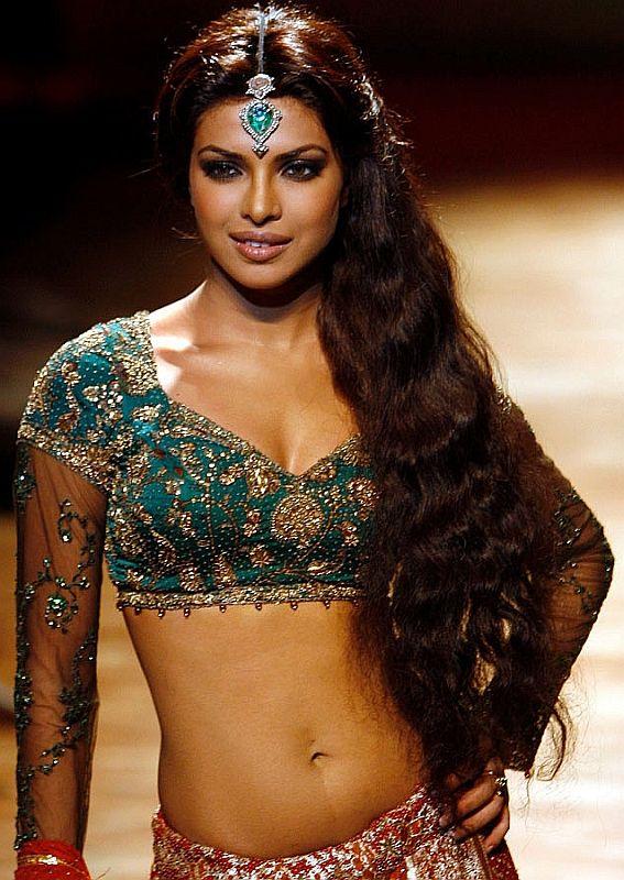 Beautiful Bollywood actress Priyanka Chopra
